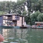 case galleggianti sulla sava